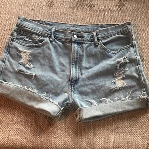 Levi's Distressed high rise jean shorts size 16